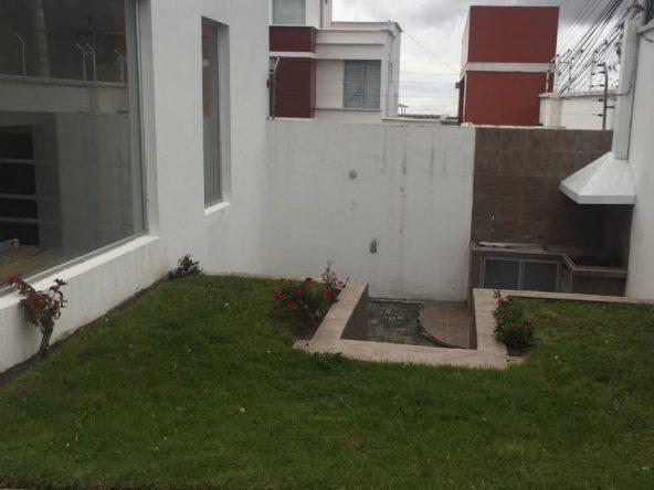 Arriendo casa Condado Juan Procel Norte de Quito