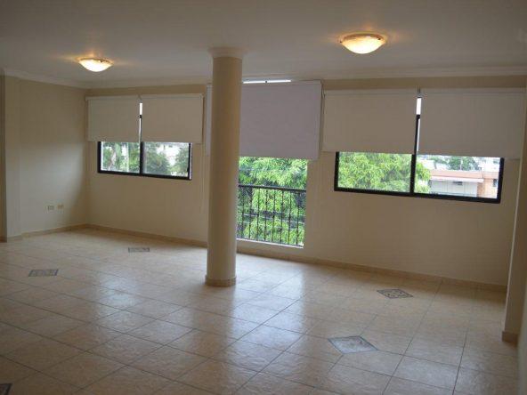 Alquiler de Departamento 2do Piso Alto en Garzota Norte de Guayaquil